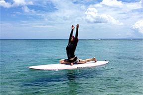 置身大海瑜伽于波浪之间那怎叫一个爽字了得