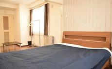 ローヤルハイツ菊水駅703号室