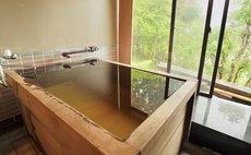「薔薇の丘」天然温泉かけ流し・箱根仙石原250㎡まるごと貸切別荘・7部屋あり最大20名様まで