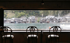 Waterfront BoatHouse w/2meals Fresh Seafood