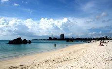 アメリカンビレッジ 海まで徒歩3分!エルソルタウン沖縄