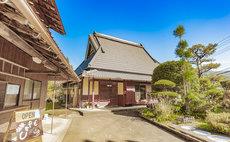 【1日1組限定・送迎あり】京都の奥座敷で茅葺古民家の生活「Guest House 遊」