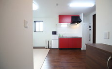 SJ花公寓 302号室