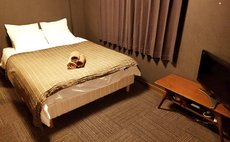 double bed room.401