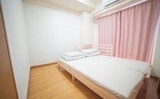 Sunny, Room 502